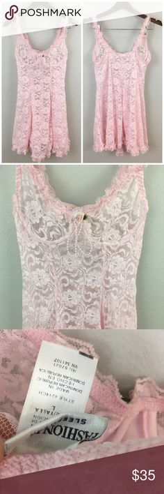 Sexy nightie Floral lace 90s vintage adorable night gown, brand new, no flaws. Intimates & Sleepwear Chemises & Slips