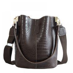 2020 New Crocodile Black Crossbody Bag for Women Shoulder Bag Brand Designer Women Bags Luxury PU Leather Bag Bucket Bag Handbag Bucket Handbags, Bucket Bags, Stretch Stiefel, Crocodile Handbags, Bag Women, Handbag Patterns, Crossbody Shoulder Bag, Shoulder Bags, Shoulder Strap