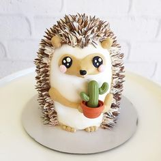 Let's stick together.  #hedgehog #cactus #minicake #love