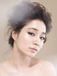 Steps of Korean Beauties to have a perfect skin (Lipgloss Love Affair) Asian Makeup, Korean Makeup, Korean Beauty, Asian Beauty, Asian Skincare, Korean Skincare Routine, Beauty Makeup, Hair Makeup, Hair Beauty