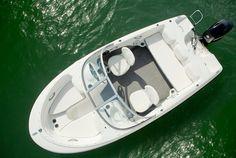 Bayliner - Bowriders 160 - #embarcaciones #fibra #lanchas #motoras #yates #fuerabordas #intrabordas #barcos #cruceros #Boats #Runabouts #centerconsoles #deckboats #overnighters #cruising http://jaloque.com/