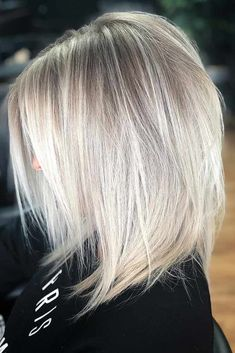 Blonde Straight Medium Length Layered Hair ❤️ Medium length layered hair styles look fabulous as they are texturized and voluminous at the same time. See our photo gallery to pick the best Layered Bob Styles: Modern Haircuts with Layers Medium Hair Cuts, Short Hair Cuts, Short Hair Styles, Blond Medium Length Hair, Medium Length Layered Hairstyles, Medium Straight Hairstyles, Hair Layers Medium, Hair Styles Medium Layered, Medium Blonde Hairstyles