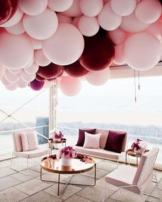 Burgundy and blush bridal shower decoration ideas with balloons - Photography: My Little Company Photography Balloon Decorations, Wedding Decorations, Balloon Garland, Balloon Ideas, Decor Wedding, Wedding Receptions, Balloon Chandelier, First Birthday Decorations, Balloon Party