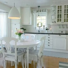 ‿✿⁀ Shabby and Charming: A beautiful house by the sea in Sweden
