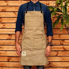Vegan Apron. Made using durable stiff canvas with navy canvas webbings. #havie #apron #bartender #barber #apron #craft #style #diy #telaviv #handmade #tlv