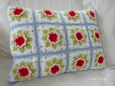 sweet crochet pillow with flowers