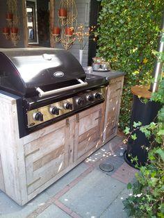 Buiten keuken steigerhout