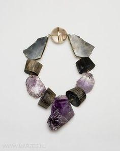 Philip Sajet - Le Rock, 2009 necklace, rock crystal, smokey quartz, buffalo horn, amethyst, gold - L 550 mm, ø 215 x 50 mm/ 285 x 195 x 50 mm