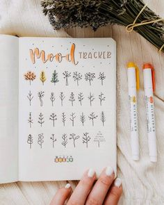 Habit trackers are some of the best tools for productivity and building the life you want. Here are Bullet Journal habit tracker ideas for you! Bullet Journal Tracker, Bullet Journal Lettering Ideas, Bullet Journal Notebook, Bullet Journal School, Bullet Journal Layout, Bullet Journal Ideas Pages, Bullet Journal Inspiration, Arc Notebook, Bullet Journals
