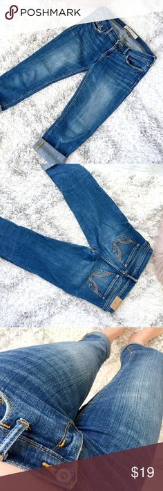 Hollister Medium Wash Stretch Capri Jeans Excellent condition. No tips, tears or stains. Such a slimming jean and goes on the body like a glove! I'm a true 3/4 and these fit absolutely perfect.   ↓Follow me on Instagram ↓         @ love.jen.marie  YouTube: http://youtu.be/HyJJZVz3gUI   Please subscribe! Xoxo Hollister Jeans Ankle & Cropped