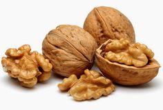 Un nuevo estudio publicado en el American Journal of Clinical Nutrition encontró que el consumo de frutos secos, como nueces, puede disminuir el riesgo de enfermedades cardiovasculares . Después de realizar una revisión sistemática y meta-análisis de