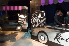 <p> For a new twist, Riviera Catering also set up stations that resembled food truck exteriors with splashy chrome finishes...