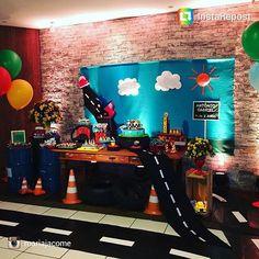 """57 Likes, 5 Comments - Inspirando sua festa (@inspirandosuafesta) on Instagram: """"Linda decoração tema carros de @mariajacome  Um mimo para meninos  #bomdia #bomdiaa…"""""""