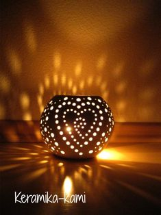 Fimo Clay, Ceramic Clay, Pottery Handbuilding, Gourd Lamp, Diy Artwork, People Art, Tea Light Holder, Christmas Art, Wood Crafts