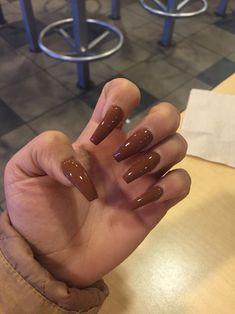 Mocha Nails