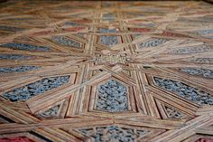 The walls of the rooms were often covered with this insanely complex woodwork and tiles.