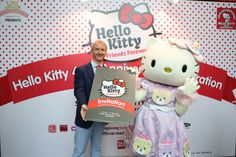 The Hello Kitty Friends Forever Party at SANRIO HELLO KITTY TOWN in Nusajaya, Malaysia will be held from 31 October 2014 to 2 November 2014.
