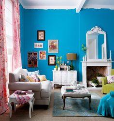 belle maison: Inspiration Snapshot: Vibrant Blue + Crisp White Living Room