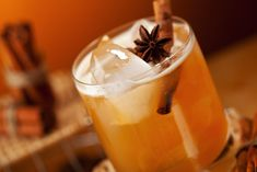 This versatile cocktail can be served chilled or warmed, depending on your mood. Here a dry white wine and a generous amount of fresh ginger make the cider lighter than the classic mulled cider.