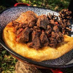 Zrínyi lángos VADKAN pörkölttel 🐗🌶 Cook Books, Beef, Meals, Cooking, Desserts, Recipes, Food, Essen, Meat