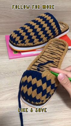 Crochet Angel Pattern, Crochet Basket Pattern, Afghan Crochet Patterns, Crochet Stitches, Crochet Bag Tutorials, Crochet Flower Tutorial, Crochet Videos, Easy Crochet Slippers, Crochet Sandals