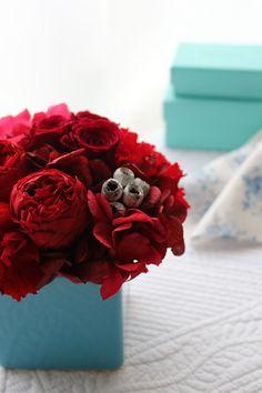Preserved flower arrangemnet Red プリザーブドフラワーアレンジメント 赤 http://www.fleuriste-glycine.jp/