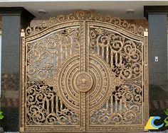 Rất nhiều người tỏ ra thắc mắc tại sao bộ cổng nhôm đúc đẹp lại có giá đắt gấp nhiều lần cổng làm bằng vật liệu thông thường.  Hãy cùng Nhôm Đúc LC tìm hiểu ngay nhé!