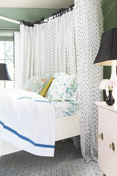 .This could be a really cute solution for making more of a statement behind that plain ikea headboard