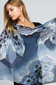 womenclothingtoday.com Silk Scarf The Skies of Magic Flowers