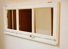 Janela de demolição com espelhos. Pode ser feita em diversos formatos/tamanhos e cores.