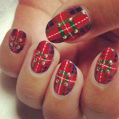 Outlander Fraser Tartan nail art by RaqstarNails