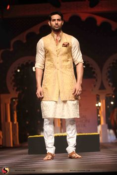 Long Golden Sleeveless Jacket with White Pajama - Indian Outfit Indian Groom Wear, Indian Attire, Indian Wear, Indian Men Fashion, Mens Fashion Wear, Fashion Outfits, Men's Fashion, Kurta Designs, Indian Wedding Outfits