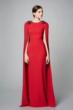 Marchesa Notte Pre-Fall 2017 collection, runway looks, beauty, models, and reviews.