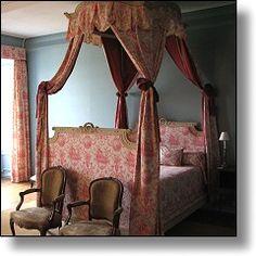 Baldaquin - Manoir de Ponsay : chambres d'hôtes de charme au château en Vendée