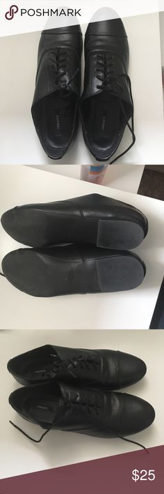 Forever 21 Black loafers. Open to offers!! This is very stylish. I bought it off Poshmark but it didn't fit. I wear size 7.5 and this could not fit at all. For some reason I can't find the size imprinted on the shoe. But i made my friend wear them, she is 8.5 and the shoe fits her  a glove although it's tight and might become uncomfortable when worn for long so based on that  I think this shoe is size 8. It was so pretty when my friend put em on. So sad it isn't my size was looking forward…