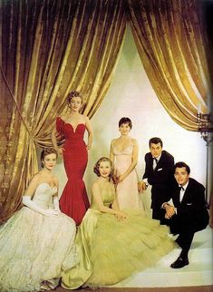 Marilyn Monroe with Virginia Gibson, Mitzi Gaynor, Leslie Caron, Tony Curtis and John Derek at the 1952 Golden Globe Awards