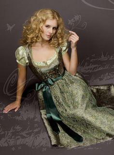 Absolutely, enchantingly beautiful! #green #dirndl #dress #German #folk #costume