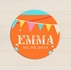 badge-magnet-bapteme-colore-pop-orange-bleu