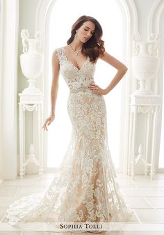 "Sophia Tolli Y21656 ""Fellini"" Size 10 Maple/Ivory Wedding Dress"