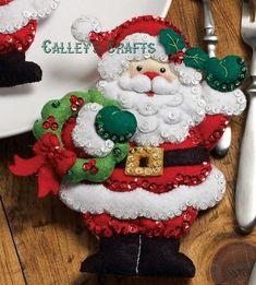Bucilla Santa & Mrs. Claus kit de soporte de silverware de | Etsy Christmas Morning, Felt Christmas, Christmas Treats, Christmas Decorations, Xmas, Christmas Ornaments, Holiday Decor, Felt Ornaments, Christmas Time