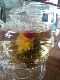 Flower bloom tea