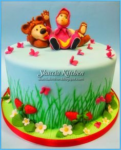SKACCIA KITCHEN: Masha and the Bear Cake