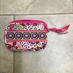 Vera Bradley coin purse Like new condition. I don't think I've ever even used it. $10 bundle and save Bags Clutches & Wristlets