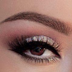Lindo maquillaje de ojos en dorado y plata paso a paso -DIY