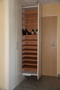 Wardrobe Design Bedroom, Room Design Bedroom, Bedroom Furniture Design, Home Room Design, Closet Bedroom, Shoe Cabinet Design, Cupboard Design, Bedroom House Plans, House Rooms