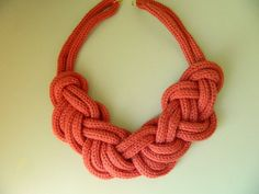 This necklace has an unique structure. I knotted continuously eight figure (infinity knot) knot known as one of nautical knots. The cord is knitted