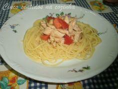 Cinco sentidos na cozinha: Tiras de frango com tomate fresco e esparguete