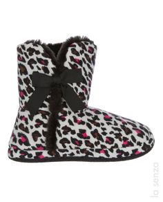 Animal Print fuzzy booties from La Senza Scarborough Town Centre. Animal Print Slippers, Twin Girls, Sexy Bra, Fall Looks, Warm And Cozy, Women Lingerie, Lounge Wear, Shoe Boots, Shoes