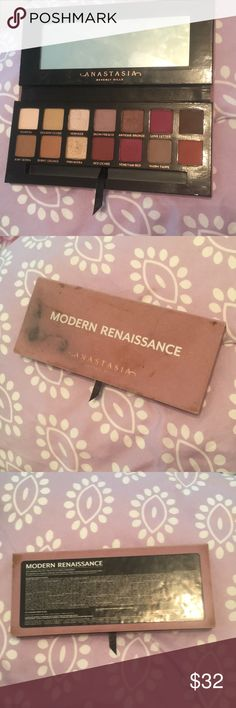 MODERN RENAISSANCE PALLET Most colors have not been touched. The out size is messy because I kept it in my makeup drawer for a while. Never use it anymore because I have others. Really get pallet! Anastasia Beverly Hills Makeup Eyeshadow