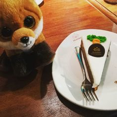 Riquísima #carrotcake sin gluten en @celicioso #Madrid :) #pelucheando #peluches #peluche #yummy #glutenfree #comida #food #instafood #softtoys #softies #ty #plush #instatoys #toys #juguetes